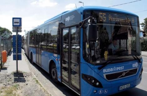 új busz